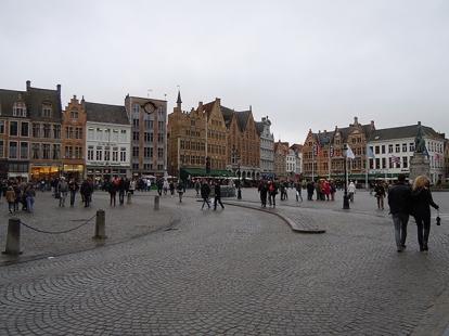 Il Grote Markt, cuore pulsante di Bruges