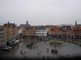 Il Grote Markt visto dal Belfort